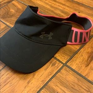 Under Armour Accessories - Cute underarmour hat